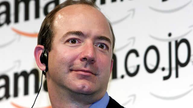 Jeff Bezos, cuando se compró pelo por Amazon